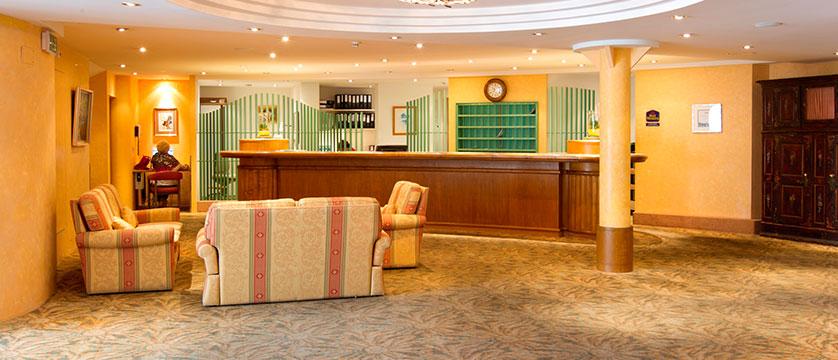 Hotel Silberhorn, Wengen, Bernese Oberland, Switzerland - reception and lobby.jpg